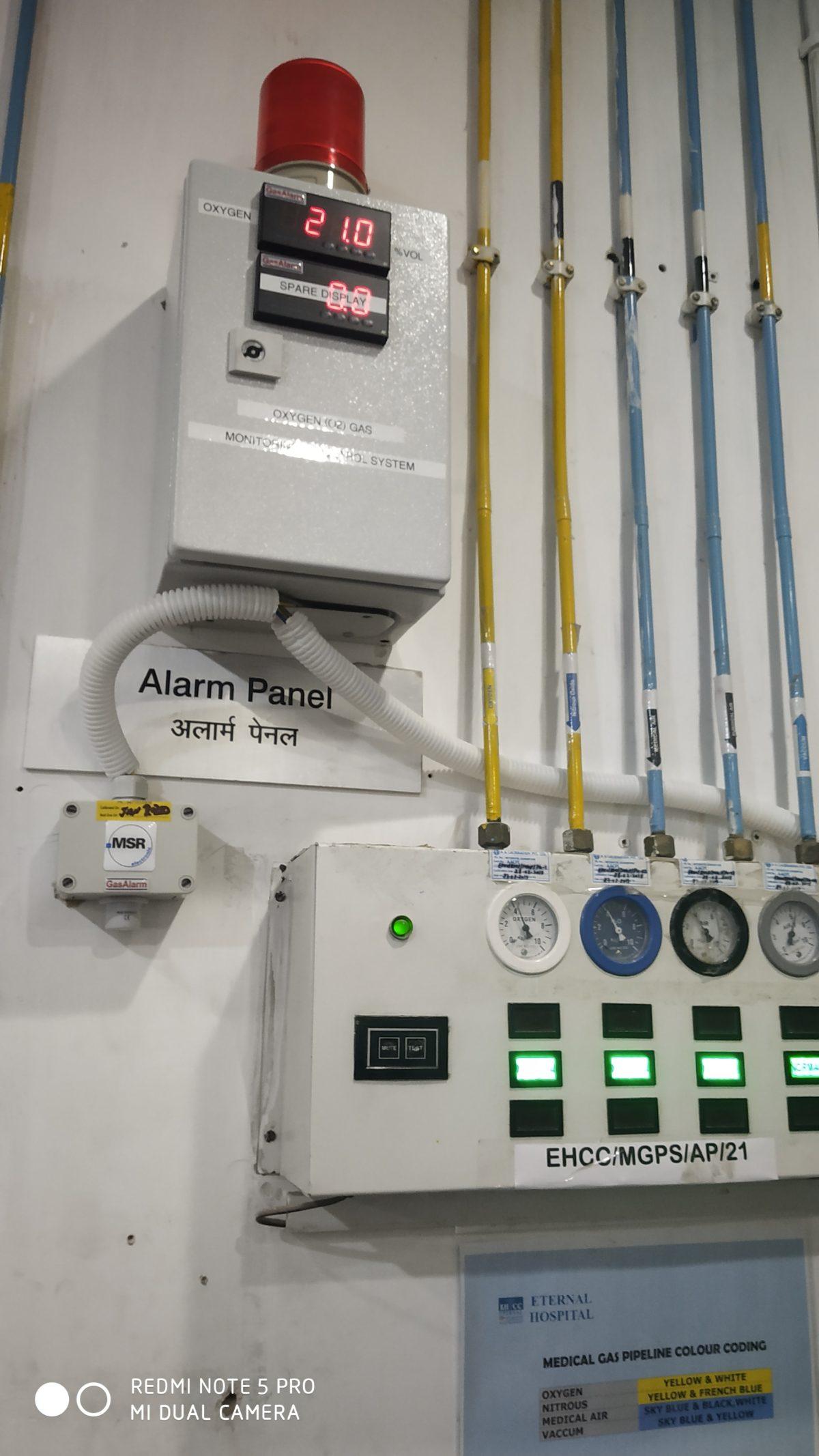 Oxygen Sensor Transmitter For Hospital's Oxygen Cylinder Storage Area